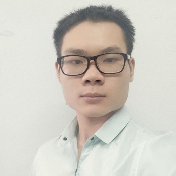 Giảng viên Nguyễn Huy Hoàng